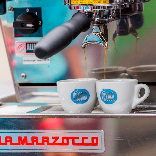 Piccolo Caffè cups
